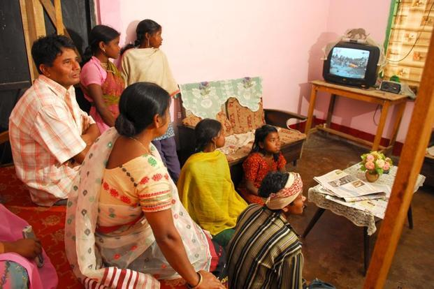 Across India, the number of rural households that own television sets increased from 25.6% in 2004-05 to 41.7% in 2009-10. Photo: Indranil Bhoumik/Mint